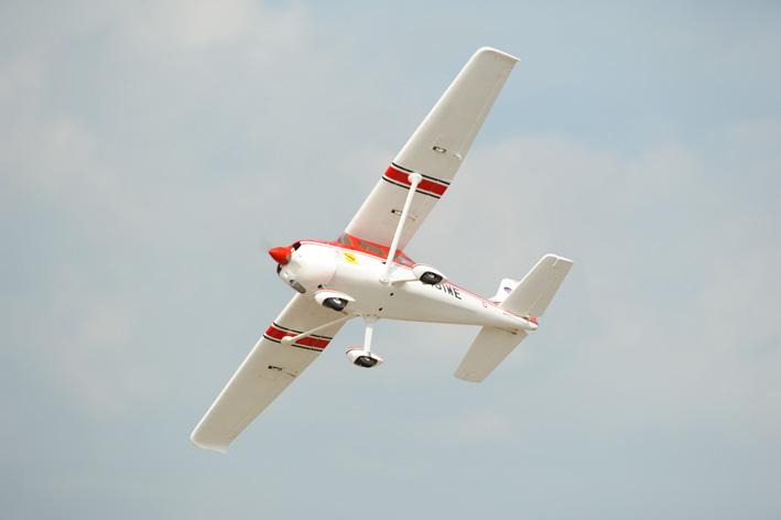 Phoenix Cessna 182 50급 (1667mm)